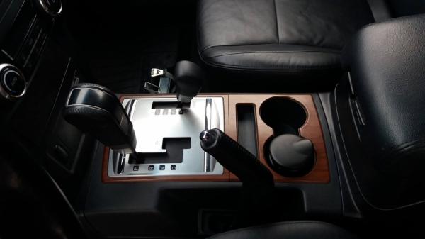 Mitsubishi Pajero : Korekta lakieru ,kompleksowe czyszczenie wnetrza